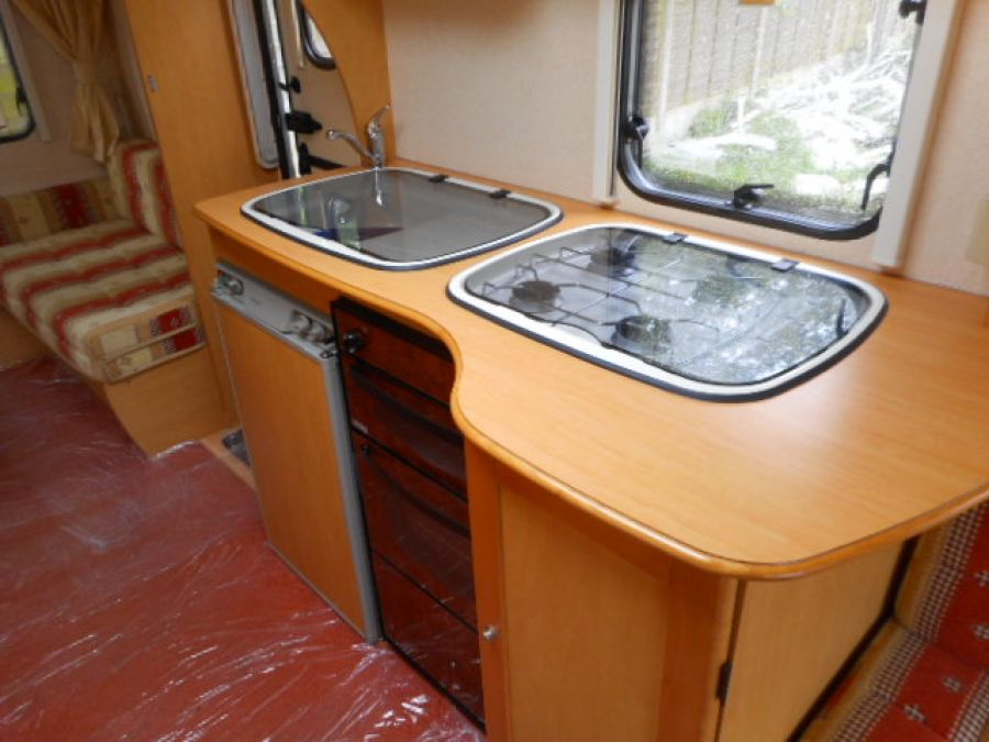 Image of 2006 Bailey Ranger 500/5 family 5 berth - including caravan mover & FREE starter pack